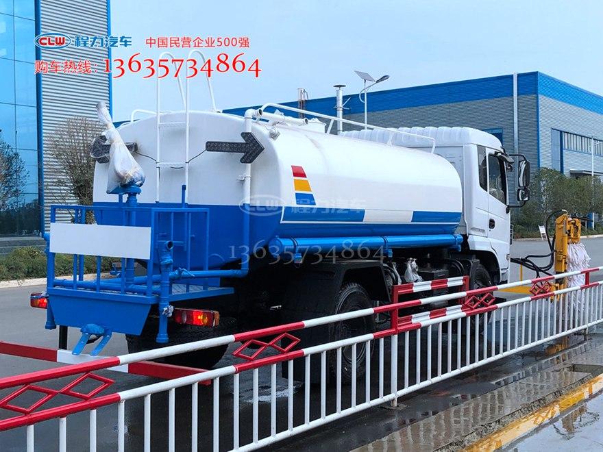 东风洒水车加装多功能城市护栏清洗机